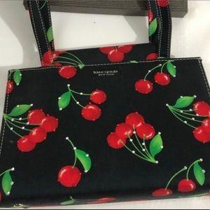 ✨🍒 Vintage Kate Spade cherry purse 🍒✨